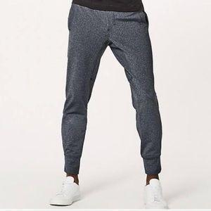 Lululemon Men's Heathered Black Slim Leg Sweatpant